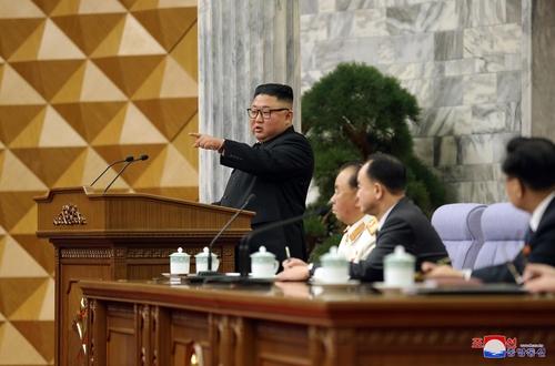据朝中社2月12日报道,朝鲜劳动党第八届中央委员会第二次全体会议于8—11日举行。 韩联社/朝中社(图片仅限韩国国内使用,严禁转载复制)