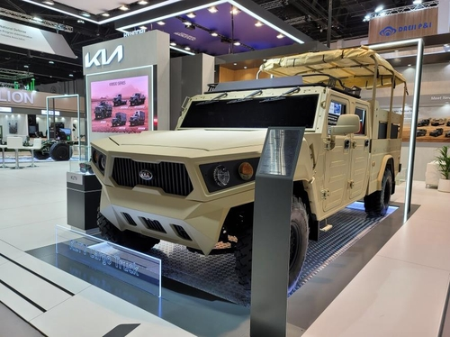 现代汽车集团参加阿布扎比防务展推介新品