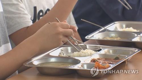 调查:韩国青少年每天平均吃不到3顿