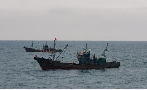 韩海水部昨天扣押4艘非法捕捞中国渔船