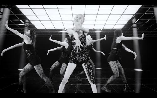 BLACKPINK成员ROSÉ出演《吉米秀》表演新单 YG娱乐供图(图片严禁转载复制)