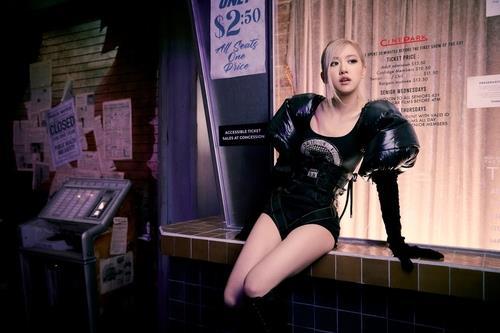 资料图片:BLACKPINK成员ROSÉ 韩联社/YG娱乐供图(图片严禁转载复制)