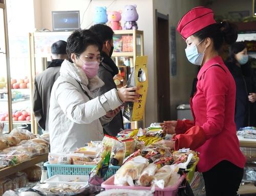 朝鲜平壤各区新建大型综合超市改善民生