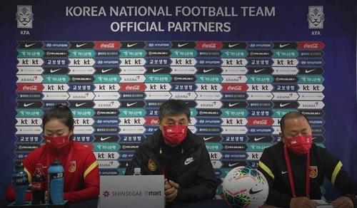 中国女足主帅:打赢奥预赛附加赛没有太大困难