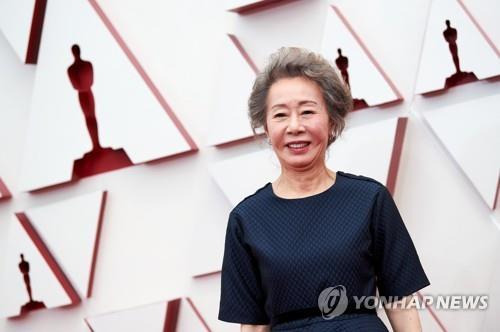 一周韩娱:尹汝贞获奥斯卡奖 防弹将携新曲回归