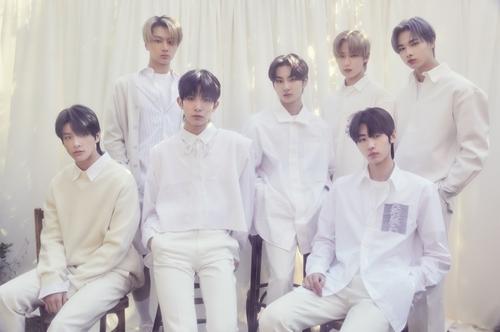 男团ENHYPEN迷你二辑登顶日本公信榜月榜
