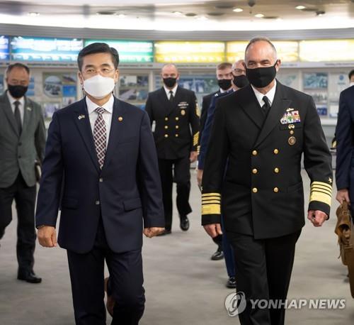 韩防长会见美战略司令 美重申延伸威慑承诺