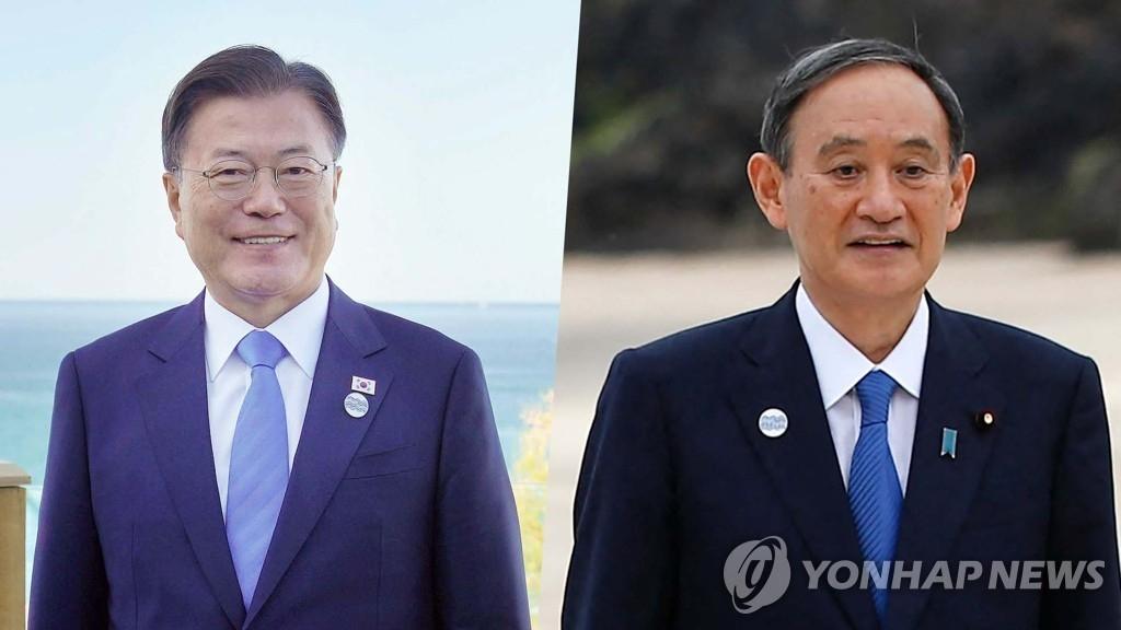 资料图片:韩国总统文在寅(左)和日本首相菅义伟 韩联社TV供图