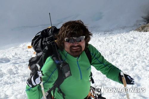 韩无指登山家金洪彬求救电话位于中国境内
