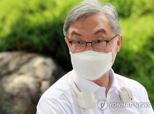 资料图片:前监查院院长崔在亨 韩联社
