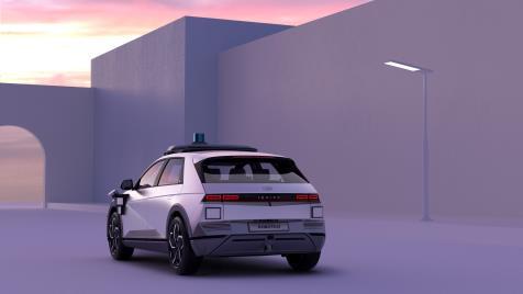 艾尼氪5车型机器人出租车 现代汽车供图(图片严禁转载复制)