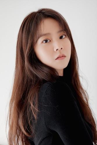 韩昇延:主演新片获好评令人欣慰