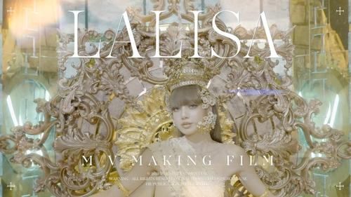 《LALISA》的MV制作花絮截图 YG娱乐供图(图片严禁转载复制)