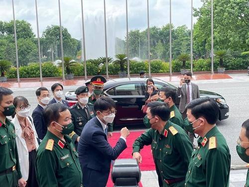 韩越国防战略对话在越南举行