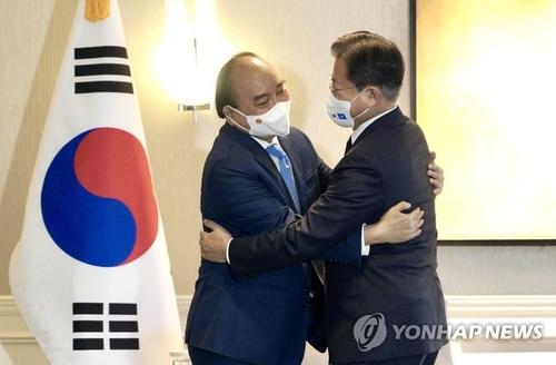 韩越领导人决定提升两国关系