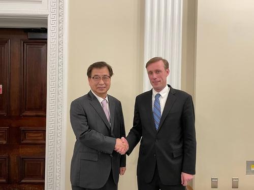 韩美国安首长会谈 美方重申无条件与朝见面