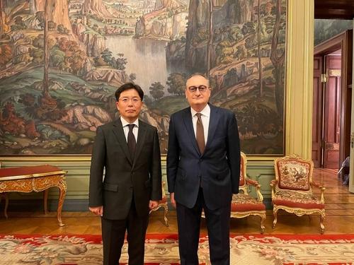 韩俄对朝代表在莫斯科举行会谈