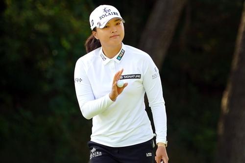 韩高球手高真荣获LPGA宝马女子锦标赛冠军