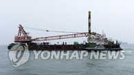 韩国沉船事故第30天 一潜水员出现发麻症状紧急送院