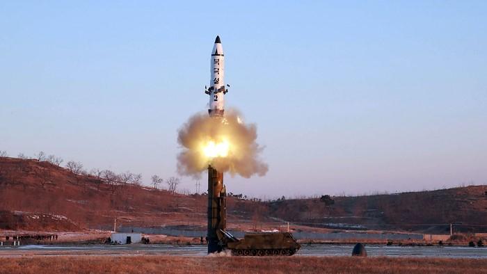 简讯:朝鲜今晨发射飞行物 疑似洲际导弹