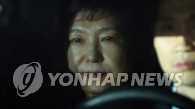 韩前总统朴槿惠被批捕