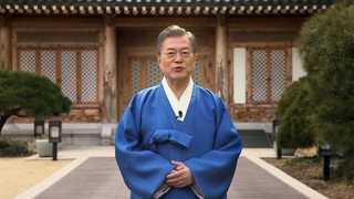 文在寅拜年:冬奥春节同庆 韩朝健儿团圆