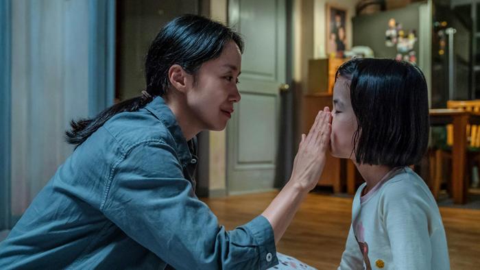 韩国票房:本土片《生日》稳居榜首