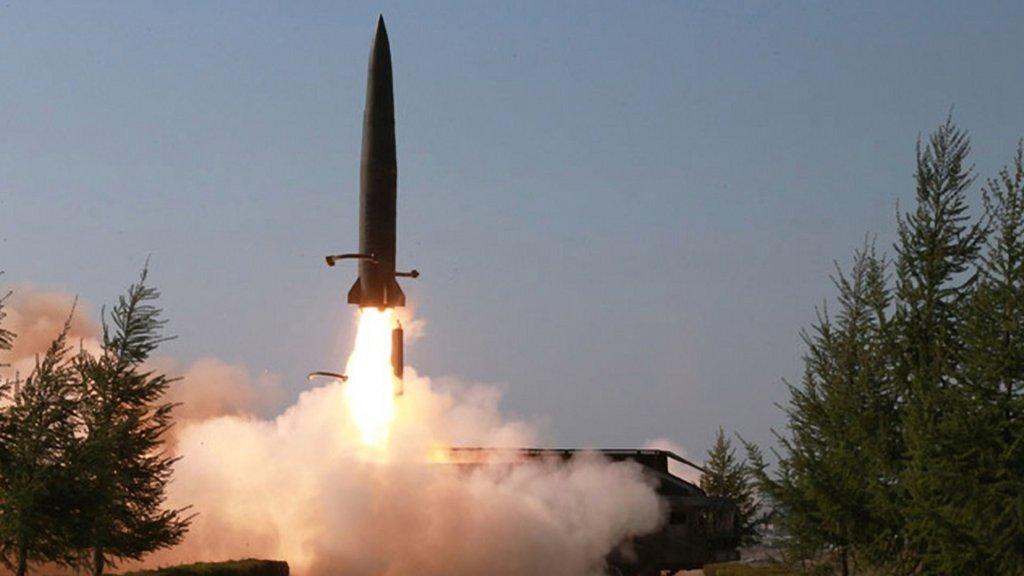 朝鲜实施火力打击训练 金正恩指导