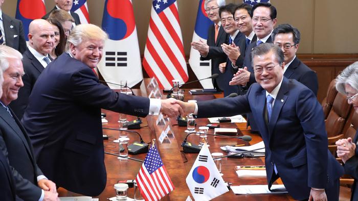 韩美领导人下月在韩会晤