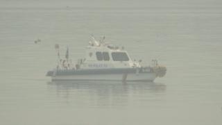 韩国军警查实西海岸疑现潜望镜举报系乌龙