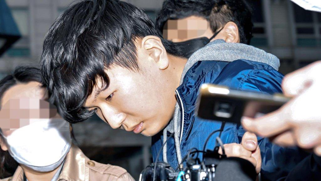 韩聊天室性剥削案两名共犯被判15年和11年