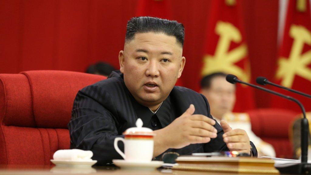 金正恩称需稳控半岛局势做好对话对决准备