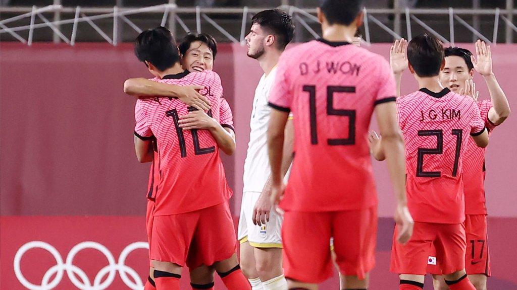 东京奥运男足第二轮韩国4-0大胜罗马尼亚