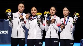 韩国获东京奥运会女子重剑团体银牌