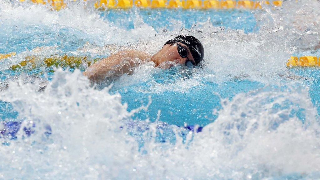 韩选手黄宣优在东奥100米自由泳决赛排名第五