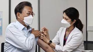 韩国总统夫妇补打新冠疫苗