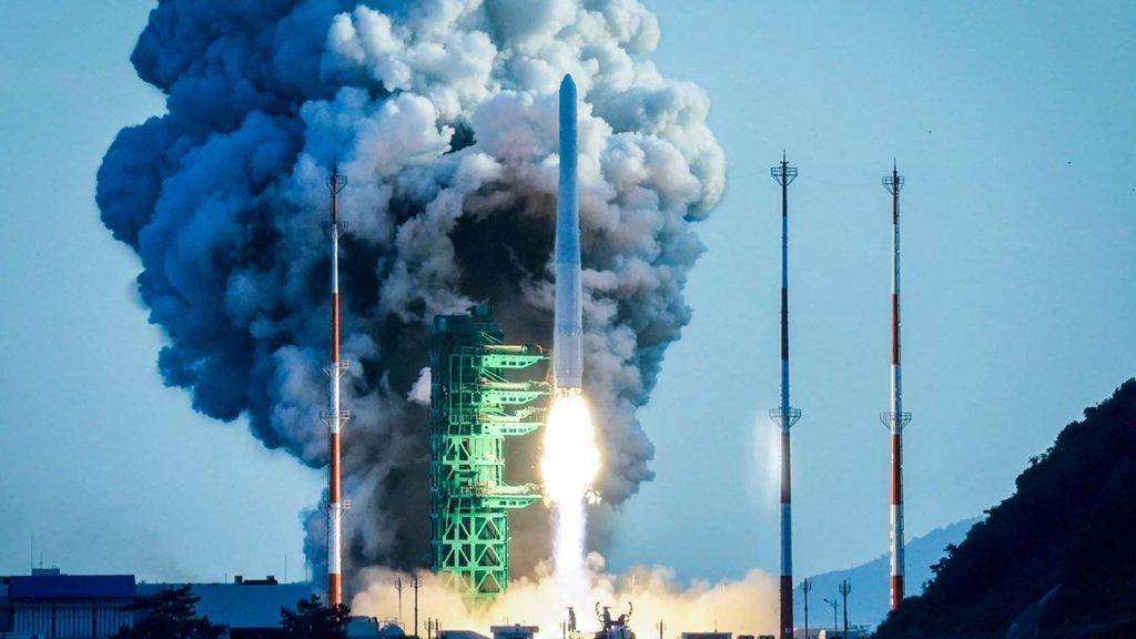 """韩国运载火箭""""世界""""号首发未能成功入轨"""