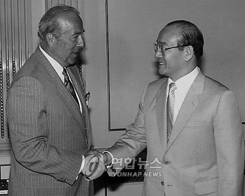 """韩解密文件:韩曾推进""""牡丹计划""""拟缓和韩中关系"""