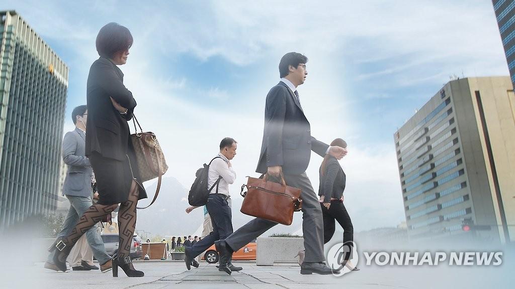 调查:首尔上班族平均通勤时间超2小时 - 1