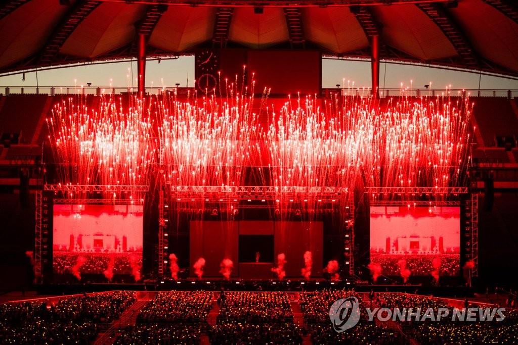 演唱会现场照(韩联社/YG娱乐提供)