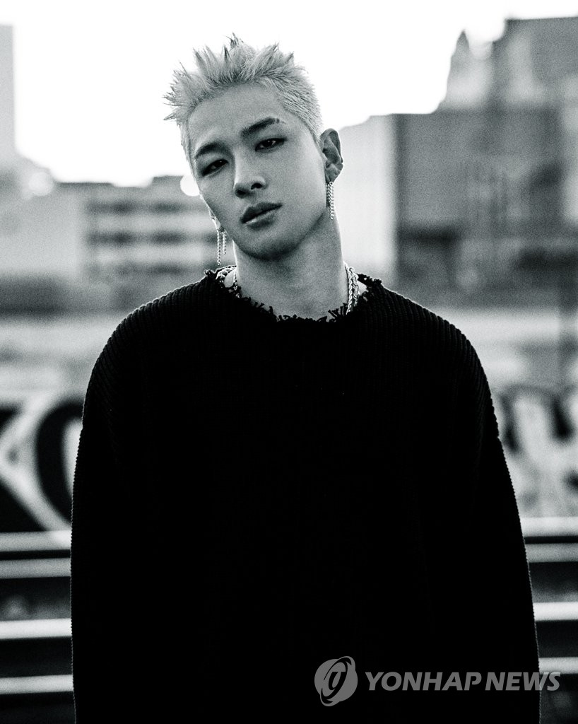 BIGBANG太阳将办捐卖会帮助听障儿童
