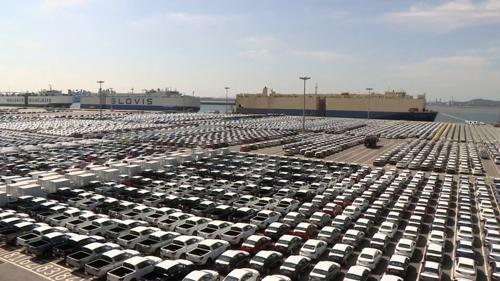韩国汽车生产出口双双连减三年