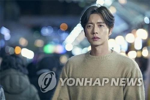 韩剧《四子》再起波澜 男主朴海镇宣布退出