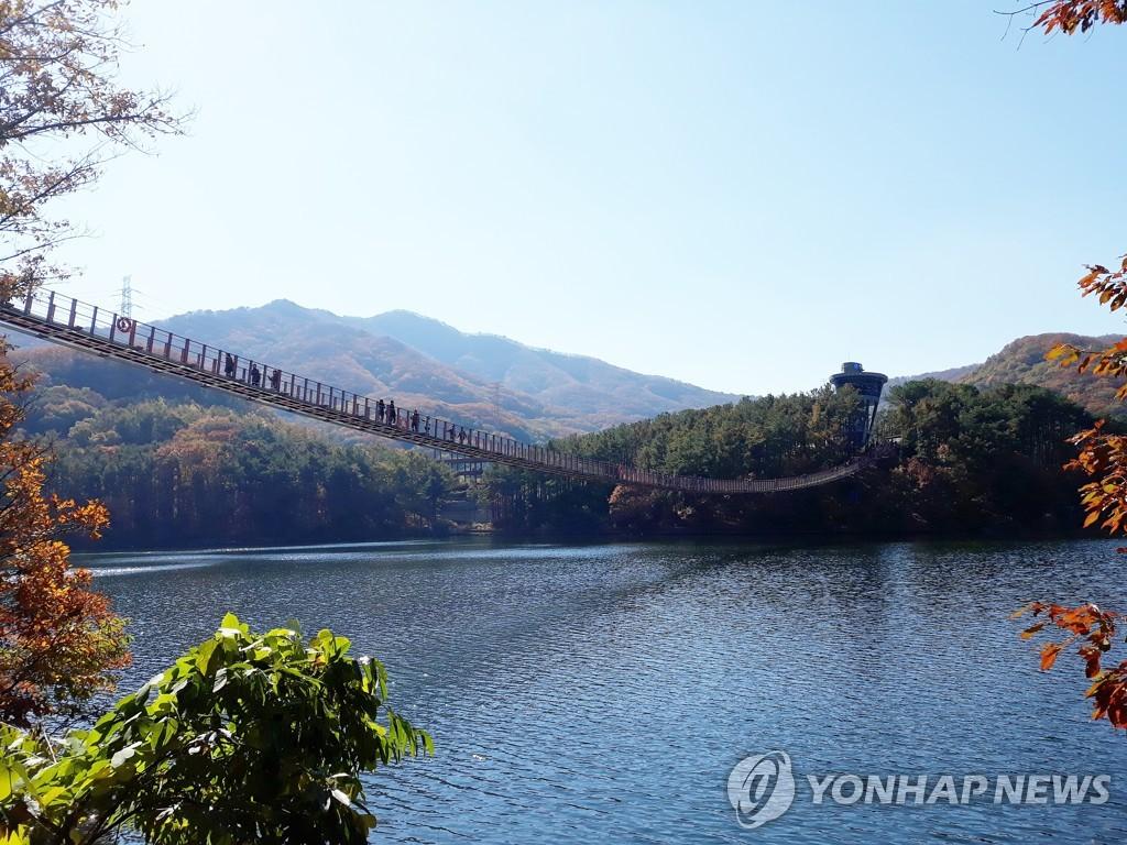 马场湖索桥(韩联社)