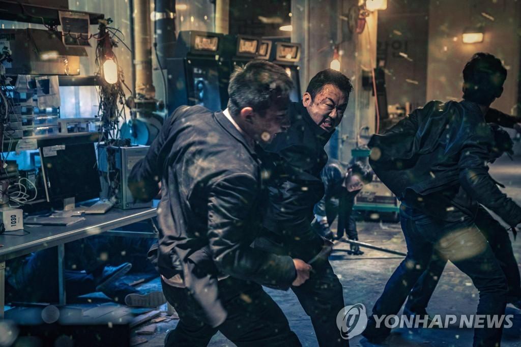 韩国票房:本土犯罪片《恶人传》登顶