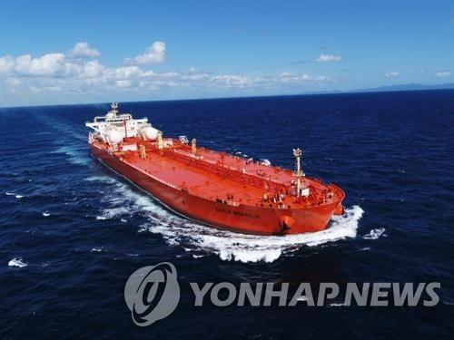 资料图片:三星重工业今年交付的液化天然气船 韩联社/三星重工业供图(图片严禁转载复制)