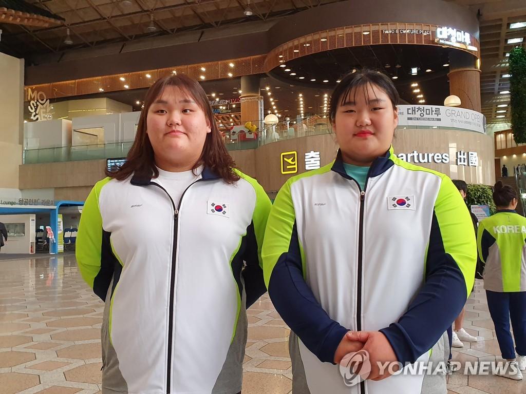 韩国女将包揽平壤举重亚青赛两级别各三金