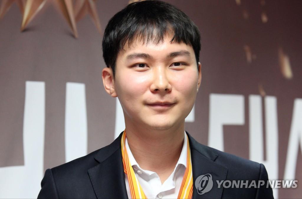 韩国棋手朴廷桓挑战CCTV贺岁杯三连冠