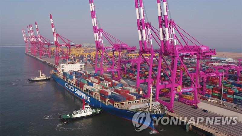 仁川港新开香港东南亚两条集装箱航线