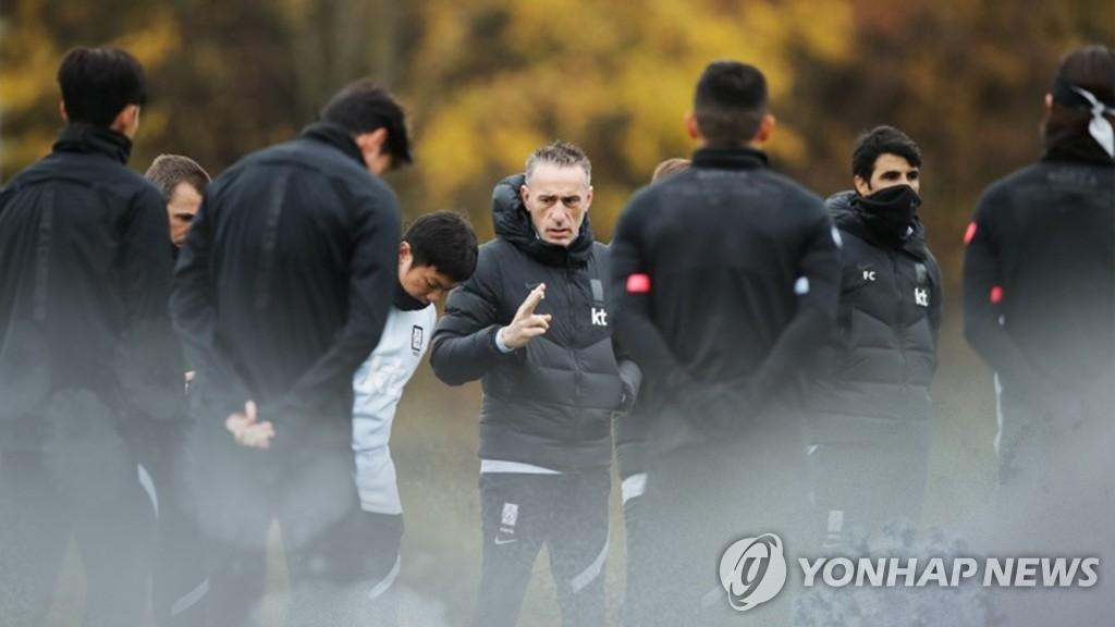 韩将向机场派救护机接回感染新冠国足队员